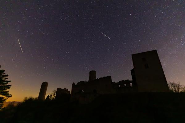 ruiny, zamku, brandenburskiego, nocą, w, niemczech - 28215472
