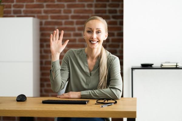 kobieta portret macha do kamery internetowej