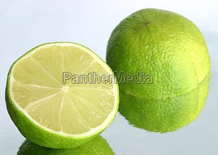 kwasne owoce