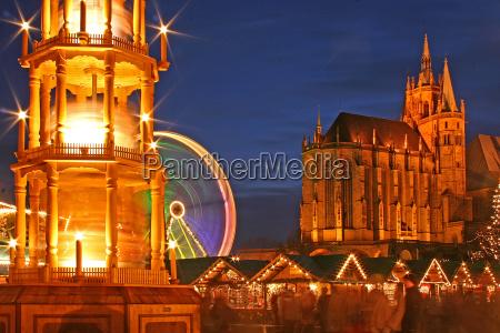 niebieski godzina weihnachtszeit wochenmarkt plac targowy