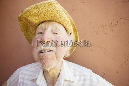 kapelusz oko narzadow sztywne kowboj sloma