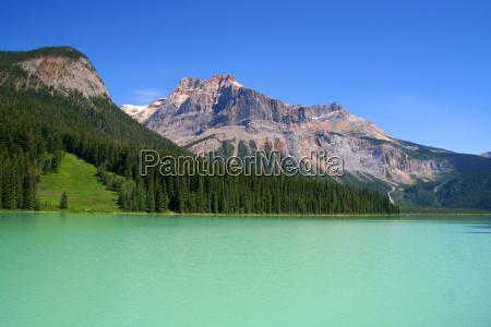 szmaragdowy jezioro yoho park narodowy kanada