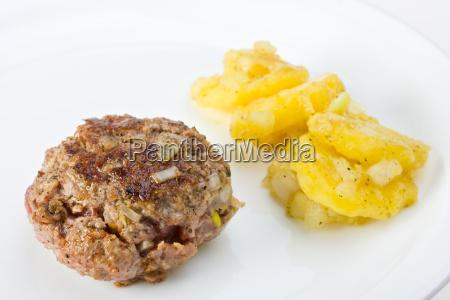 frikadelle mieso mielone kartoffelsalat mielonego miesa