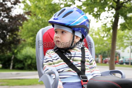 dziecko noworodka niemowle noworodek kask rower