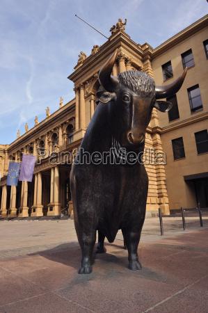 bull przed gieldzie we frankfurcie