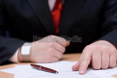 kontrakt zakontraktowane biznesmen umowy runda rozmow