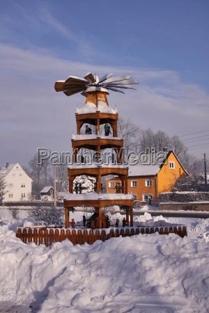 zima zimowy zimno chlod piramida snieg