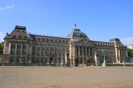 pomnik barok belgia fasada zamek