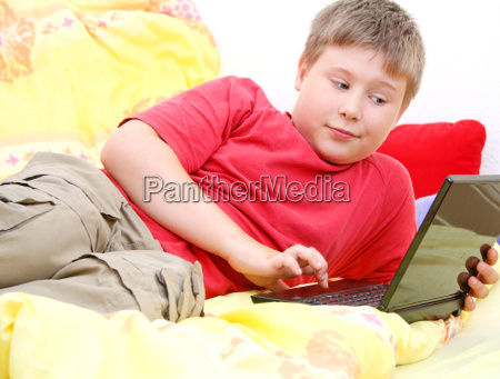 dziecko surfowanie po www