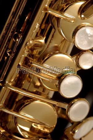 muzyka rog jazz saksofon zespol massnahme