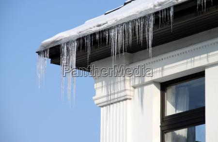 zima zimowy okno szyby okno dachowe
