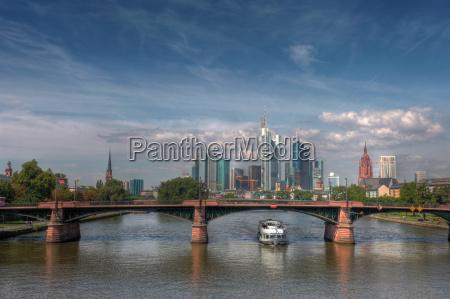 pomost frankfurt skyline stadtansicht widok miasta