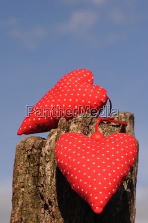 czerwone serce tkaniny