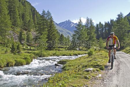 kolarstwo gorskie w poludniowym tyrolu