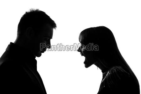jeden para mezczyzna i kobieta krzyczac