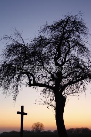 wiara smierc krzyz zguba spokoj silence
