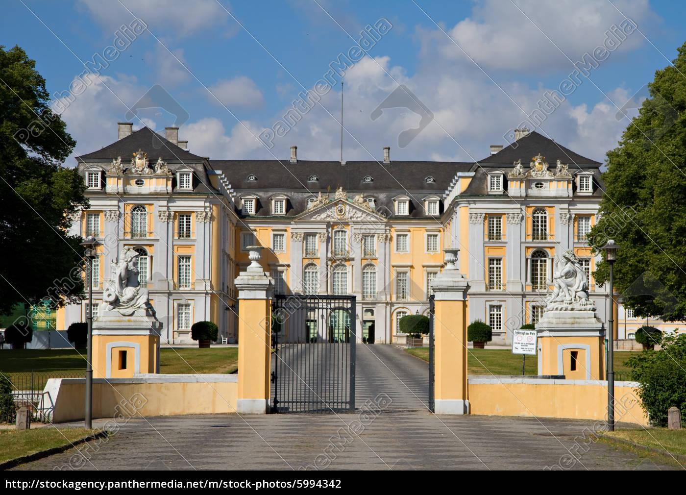 główne, wejście, do, pałacu, augustusburg - 5994342