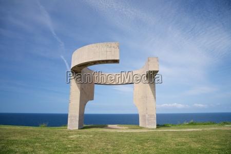 pomnik drzwi door hiszpania styl budowy