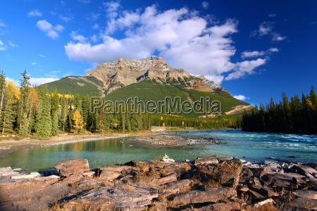 rzeka athabasca i gora kerkeslin