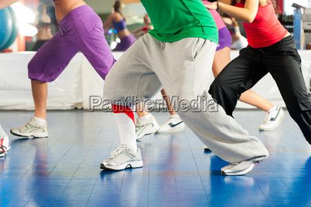 fitness zumba treningu i cwiczen
