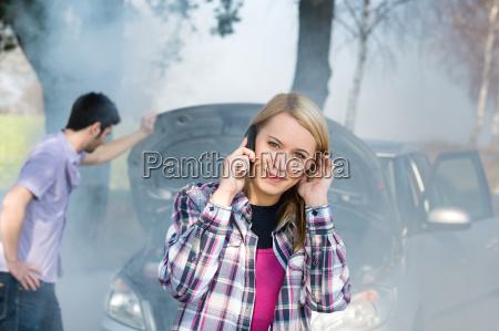 car breakdown woman call for help