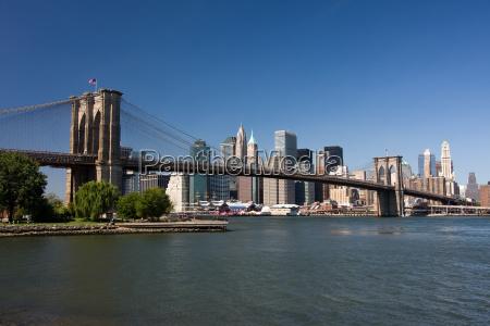 brooklyn bridge i na nizszym manhattanie