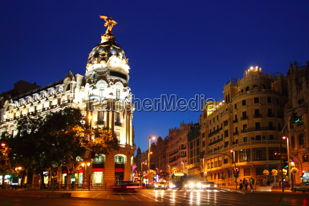 alcala and gran via street in