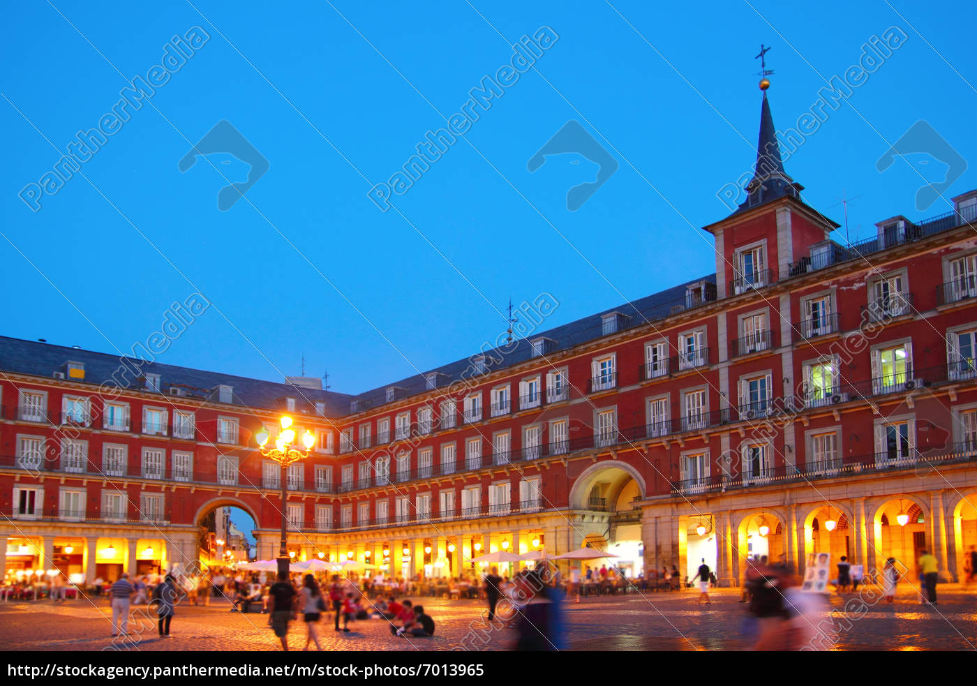 typowy, plac, madrytu, plaza, mayor, w - 7013965
