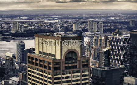 urban skyscrapers in manhattan new york