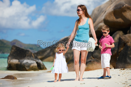 mother and kids on vacation