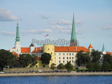 zamek rygi na Lotwie
