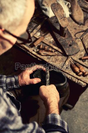 reka narzedzia rzemieslnik kultura zaklad pracy