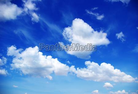 pochmurne niebo