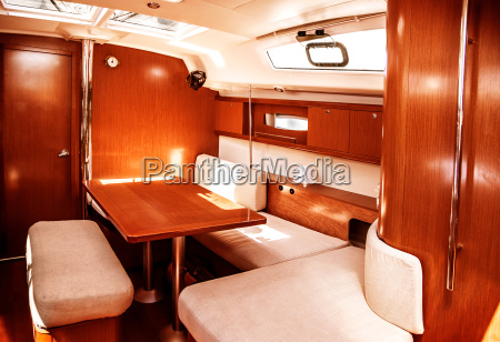 luksusowe wnetrze statku