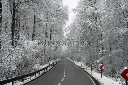 ulica w zimie