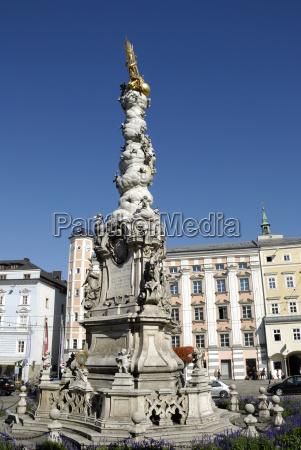 pomnik austria gorna austria hauptplatz