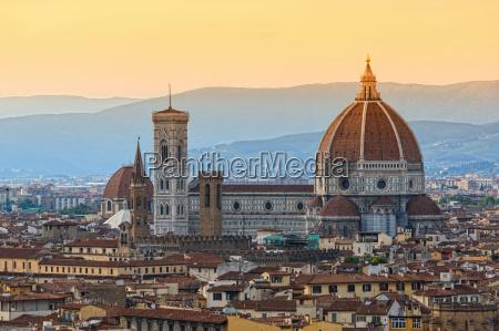 katedra toskania patrzec widok outlook fernsicht