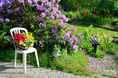 piekne miejsce w ogrodzie