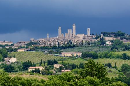 miasto grod town toskania wieze krajobraz