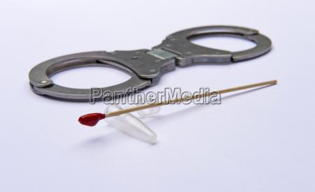 kajdanki polisa dna policyjne policja