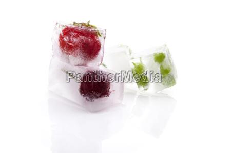 witaminy frozen mrozone owoc owoce owocowe