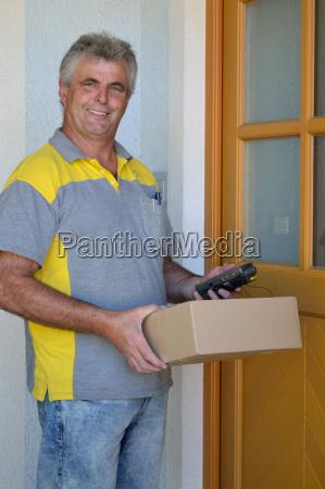 poczta dostawcow listonosz mailman post pakunek