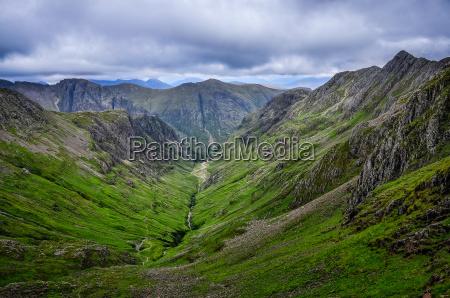 widok gor w dolinie glen coe
