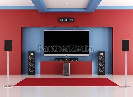 czerwona i niebieska sala kina domowego