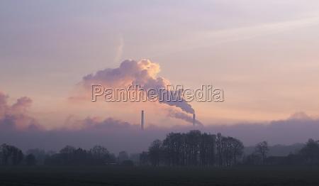 palenie wedzone pali dym skrupuly dworzec