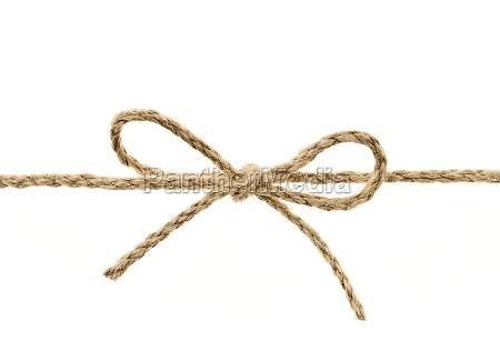 sznurek zwiazany w luk