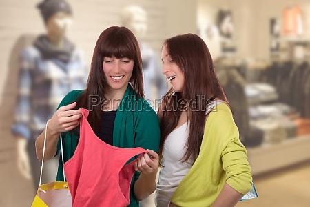 zakupy kupowanie kupowac odziez sklepy sklep