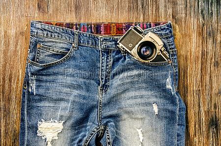 szczegaay rocznika jeansy z klasycznego aparatu