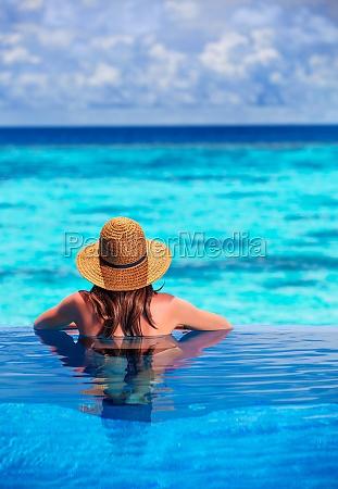 relaks na plazy kurortu