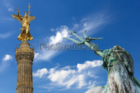 berlin victory column and neptune fountain